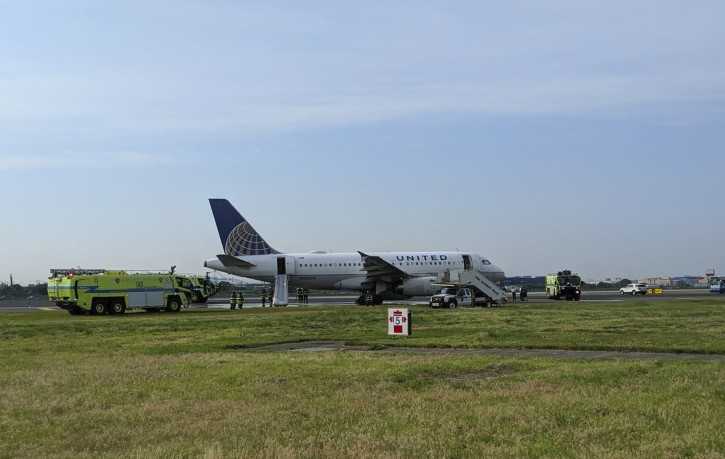 Newark NJ – Diverted Plane Makes Emergency Landing At Newark Airport