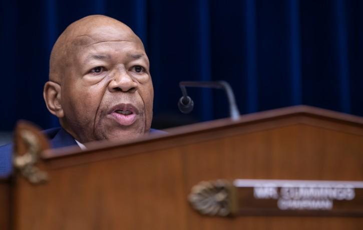 Washington – Stepping Up Feud, Trump Assails Cummings As 'racist'